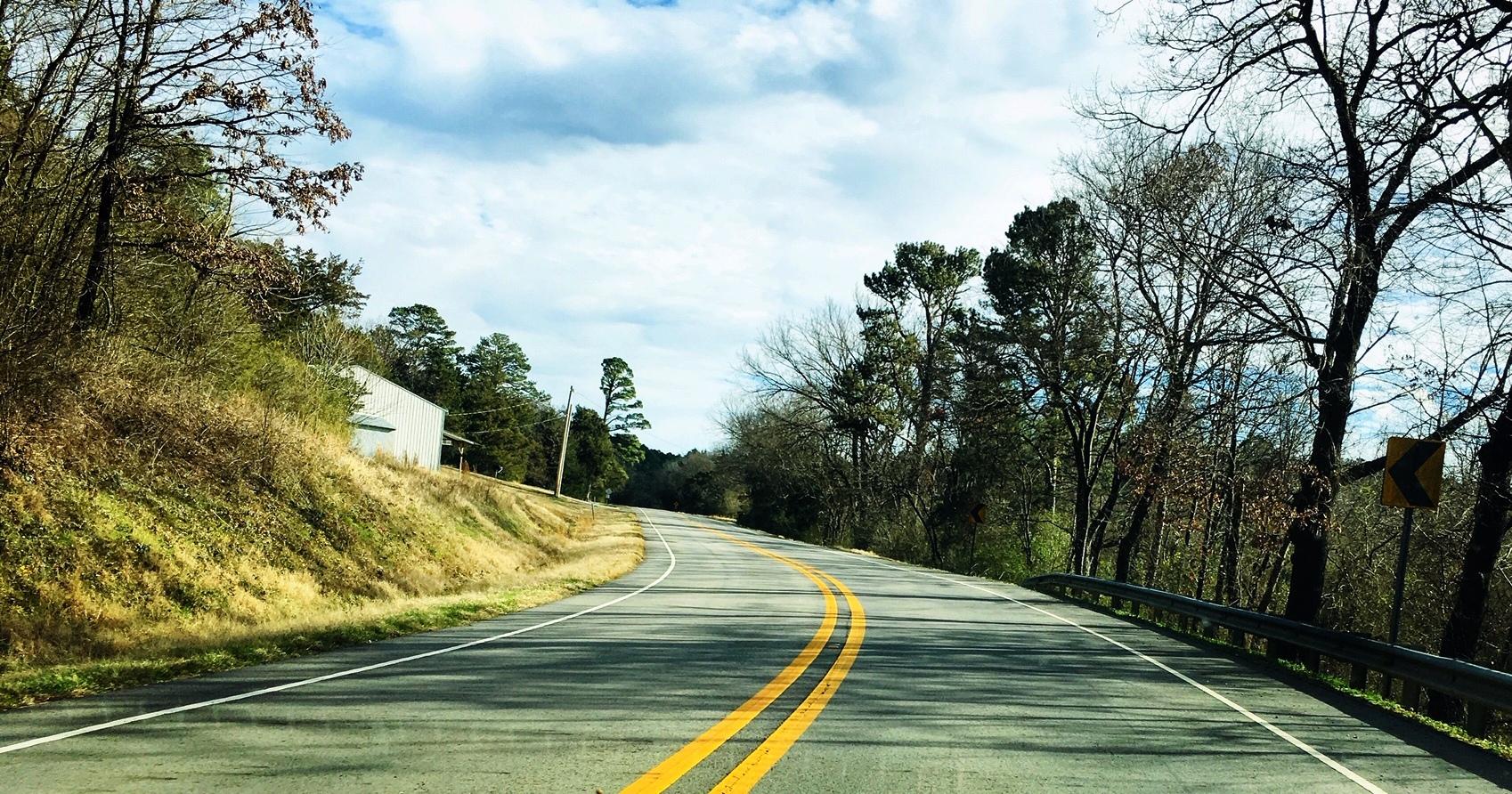 Good Roads Highway 10 Near Waveland
