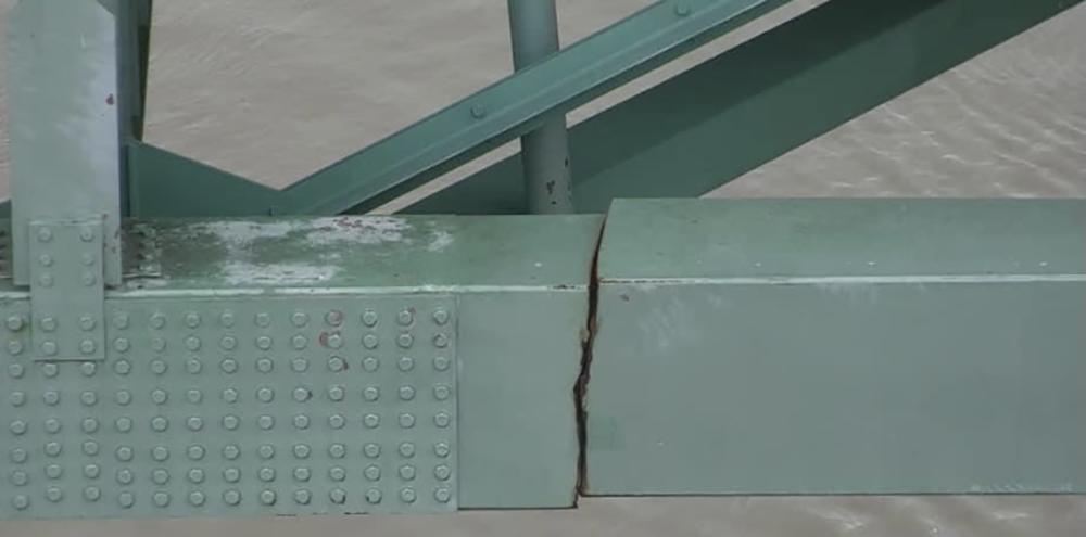 I-40-Bridge-Crack